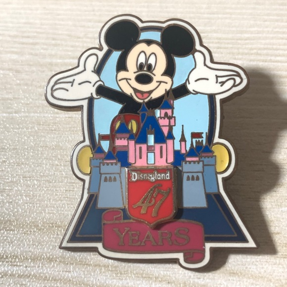 Disneyland 47th Anniversary Castle with Mickey Pin